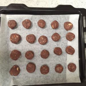 無印良品 バレンタイン手作りキット 自分でつくる 2色のブールドネージュ 約40個分(20袋分)