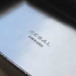 REGALリーガルのポイント交換で「オリジナル」革トレーをもらいました。お気に入り♪