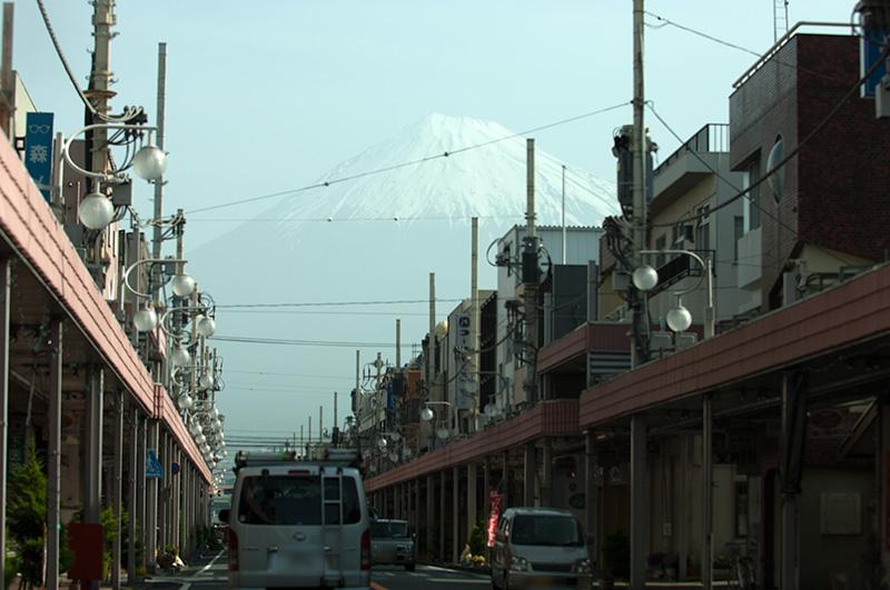 富士本町通り 県道175号線