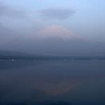静岡一周富士伊豆箱根めぐり旅⑬山中湖で朝焼けの富士山と逆さ富士を撮る
